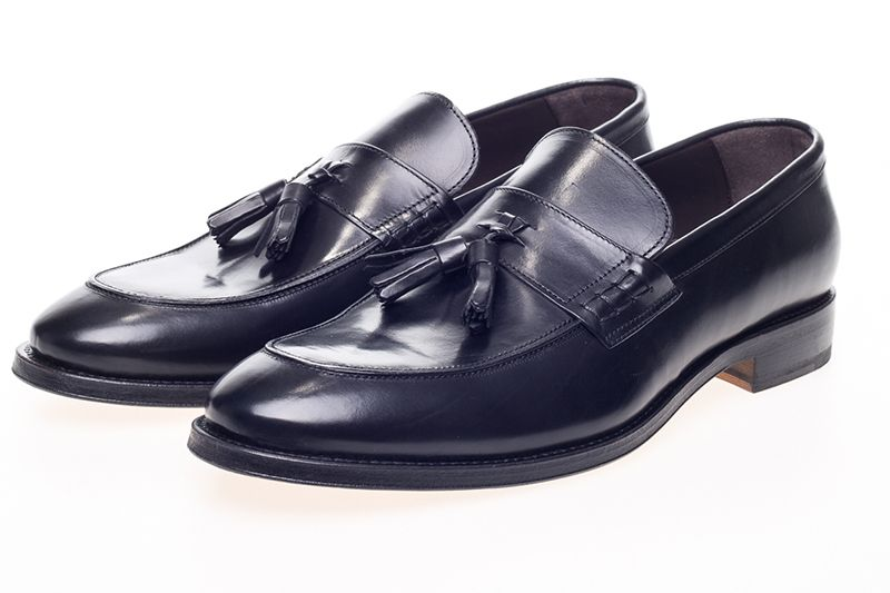 John White Charles Tassel Loafers In Black